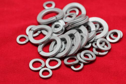 材料篇--弹簧材料的发展过程