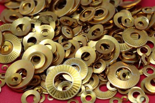 五金冲压技术及防松垫圈生产工艺