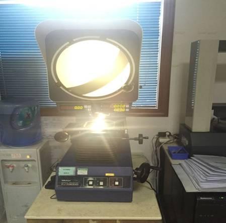进口三丰投影测量仪