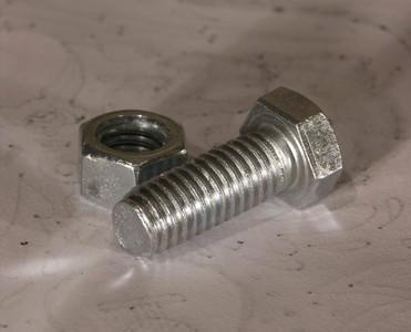 緊固件螺栓斷裂原因分析